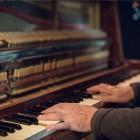 Warum Klavierspielen das Gehirn aufmöbelt